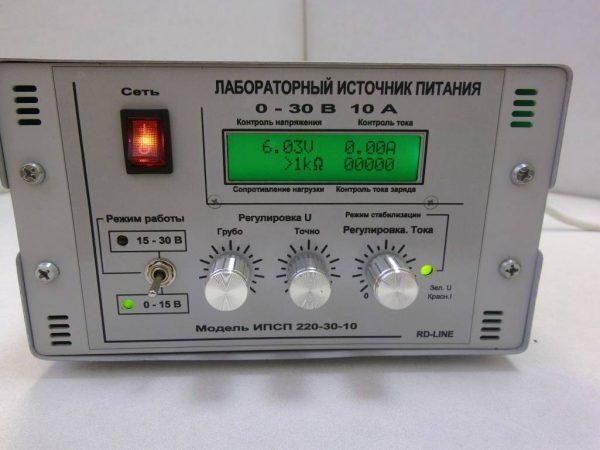 Источник питания лабораторный RD LINE ИПС-П-220/0-30/10