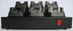 Шестиместное зарядное устройство CD-47-6 для радиостанций Vertex VX-231